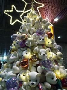 arabol de navidad con peluches