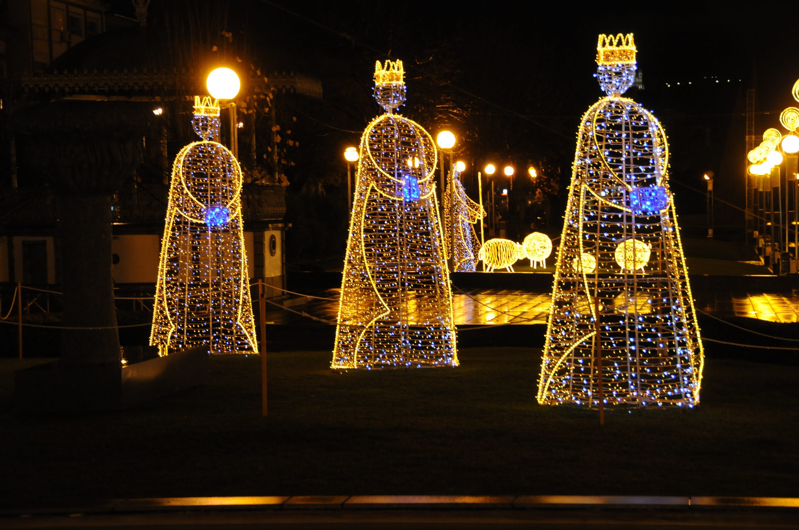 Decoraciones navideñas exteriores 2
