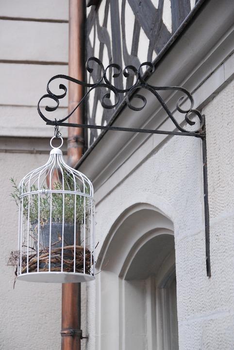 Ideas de decoración con jaulas de pájaros 25