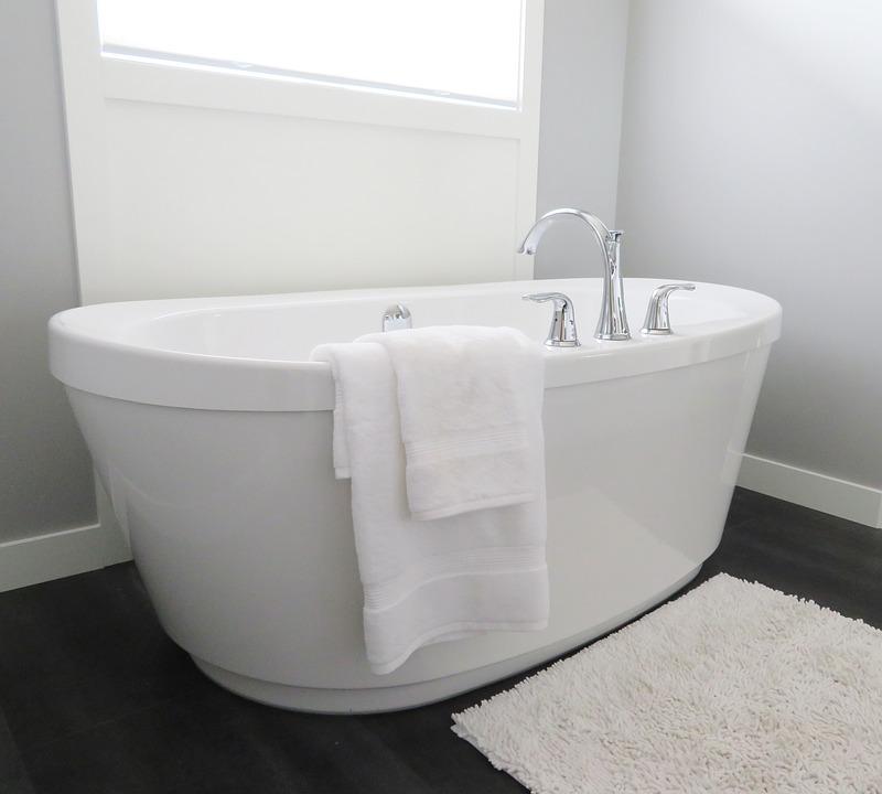 Cómo decorar tu baño al estilo minimalista