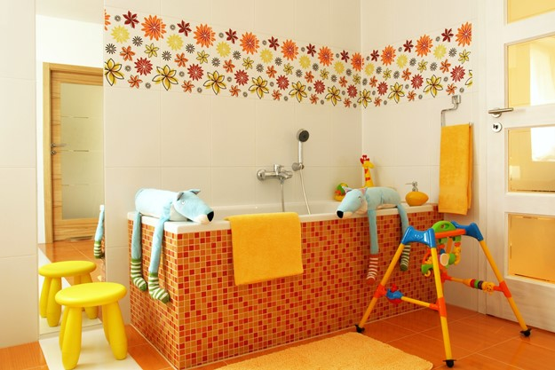 niños baño bañera amarillo naranja