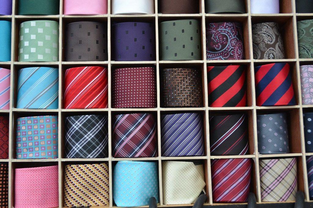 separador de corbatas